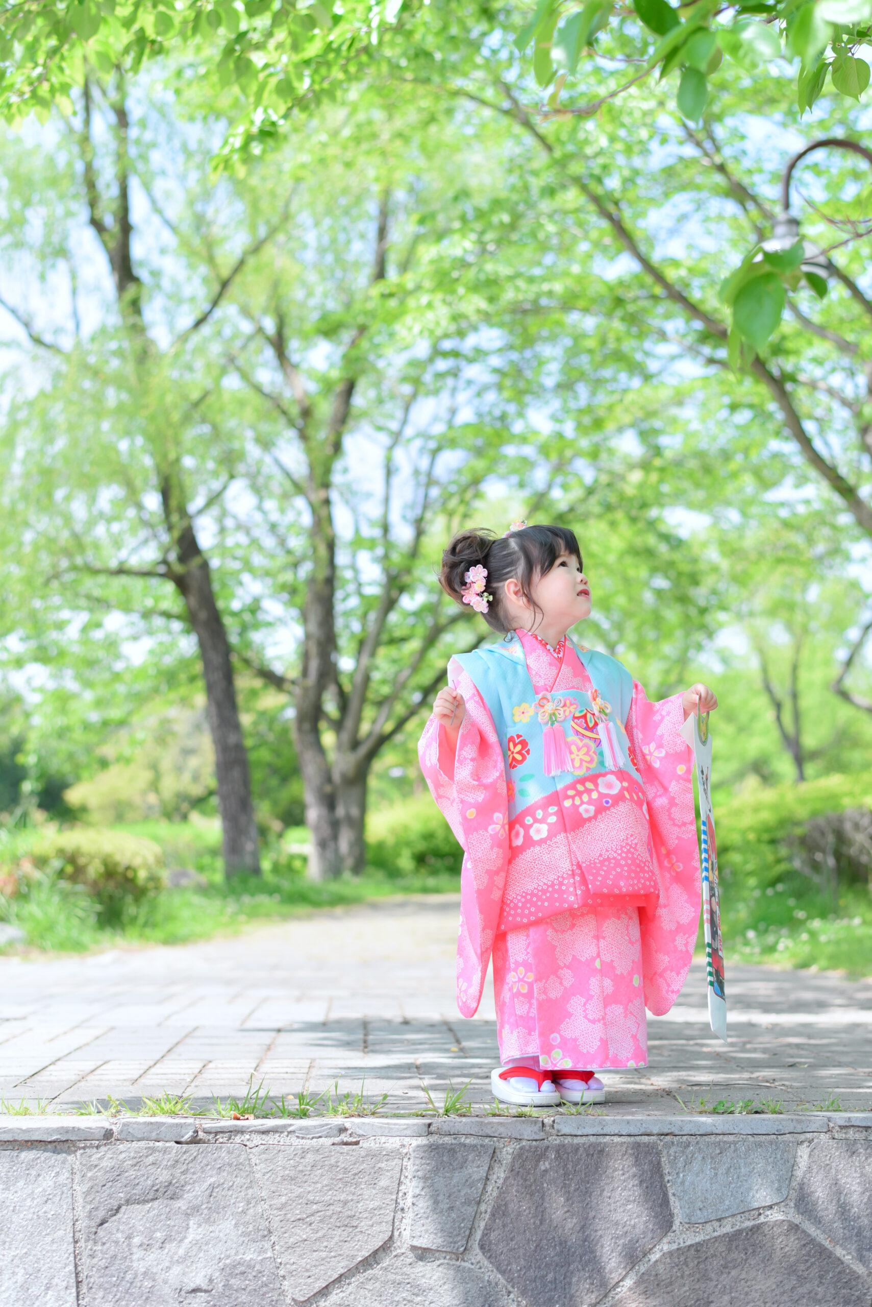 栃木 宇都宮 フォトスタジオ フォトジェニック フォトジェニックサクラスタジオ 七五三 3歳 着物 お被布 ドレス レンタル カメラマン ロケーションフォト かわいい 女の子
