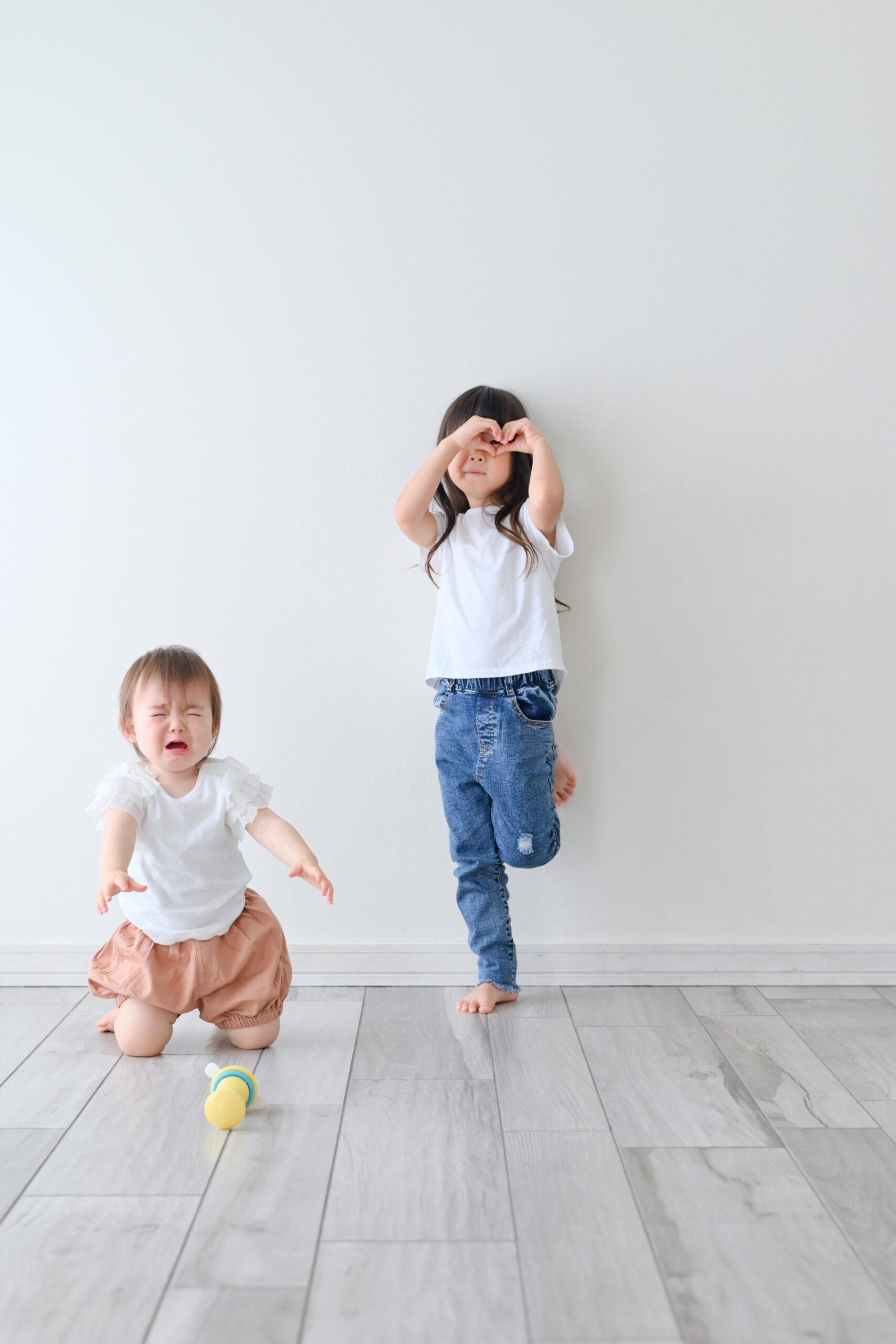 1歳 誕生日 女の子 おめでとう 宇都宮フォトスタジオ フォトジェニックサクラスタジオ ママが離れて悲しい! 姉妹写真