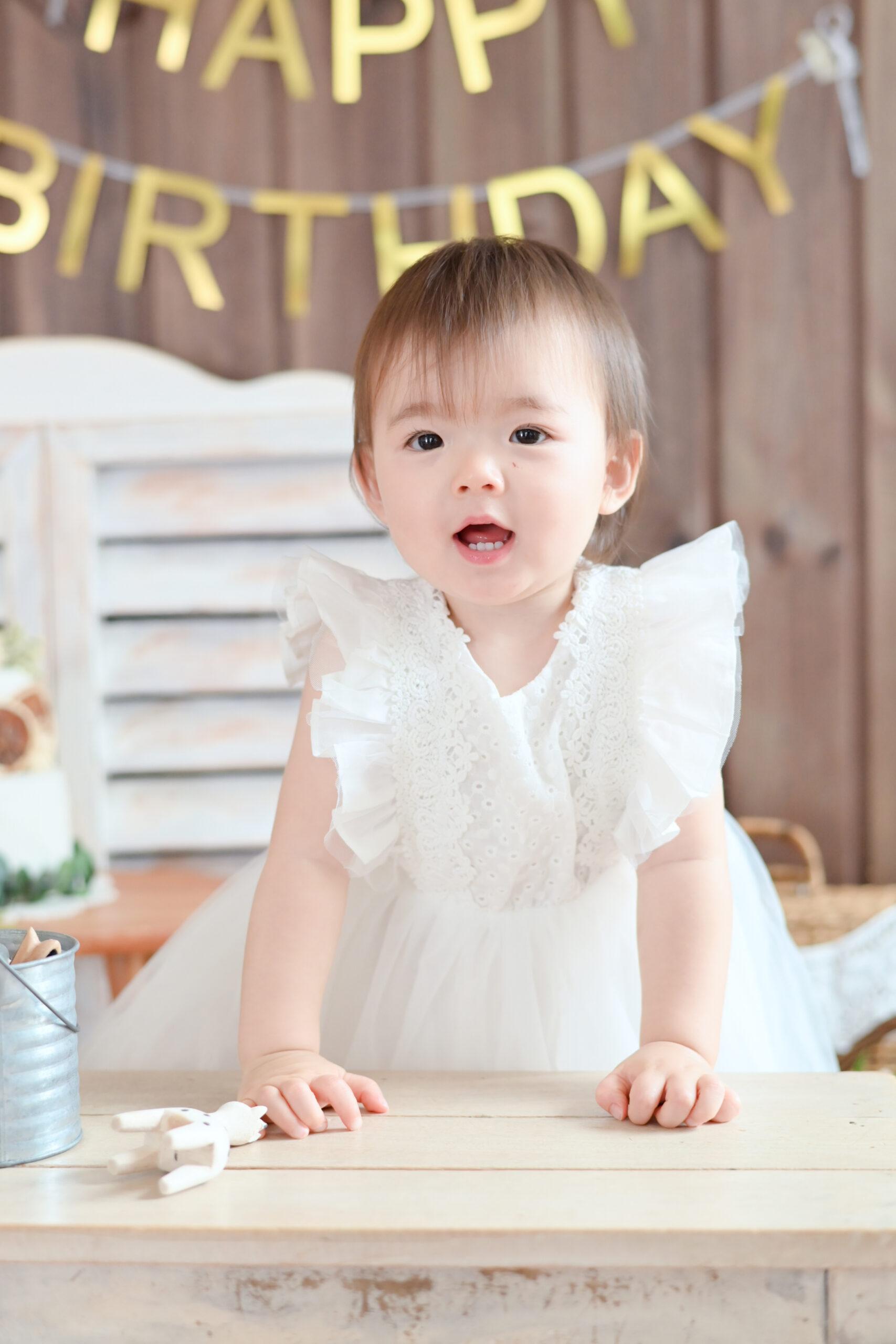 1歳 誕生日 女の子 おめでとう 宇都宮フォトスタジオ フォトジェニックサクラスタジオ
